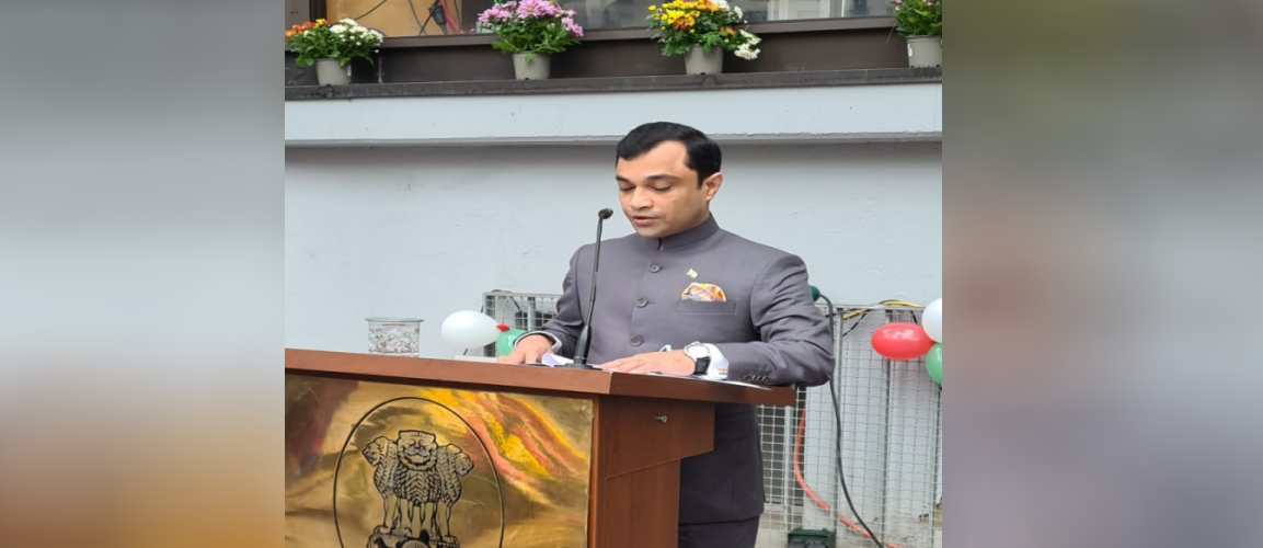Consul General Dr. Amit Telang reading out the President´s Message to the nation on the occasion of the 74th Independence Day of India